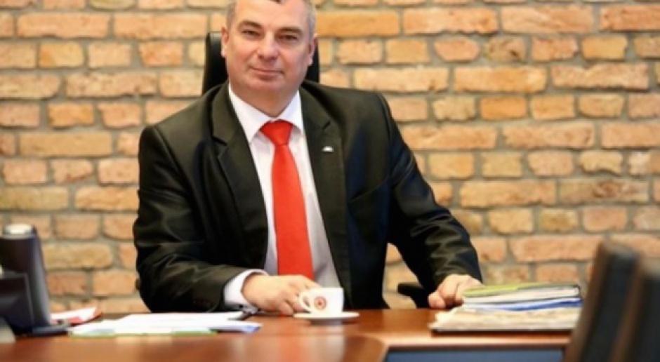 Najpierw Małpka, teraz Czerwona Torebka. Maciej Szturemski nowym prezesem spółki