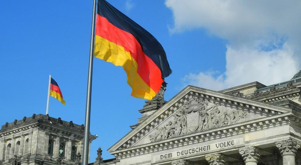 Fala imigrantów zalewa Niemcy. Wśród nich jest wielu Polaków