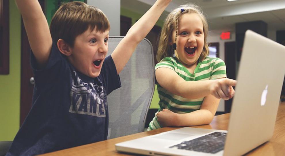 Dziecko przed komputerem? Rodzice nie mają nic przeciwko
