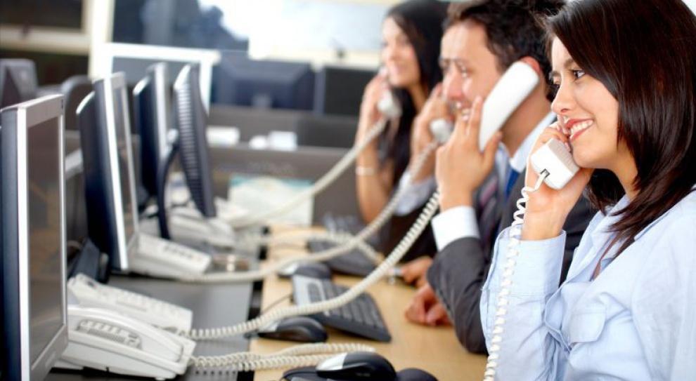 Pracownicy call centre mniej wydajni z powodu hałasu w biurze