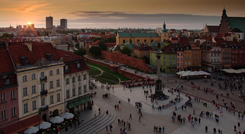 Zwolennicy i przeciwnicy przyjęcia imigrantów do Polski wyjdą na ulice Warszawy