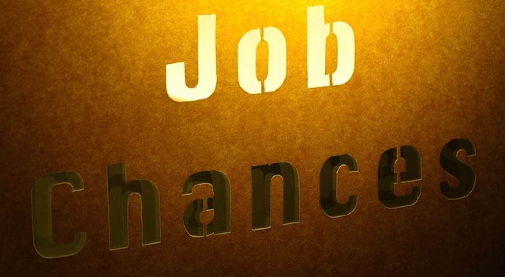 """PSL obiecuje stworzenie pół miliona miejsc pracy. PiS """"daje"""" więcej"""
