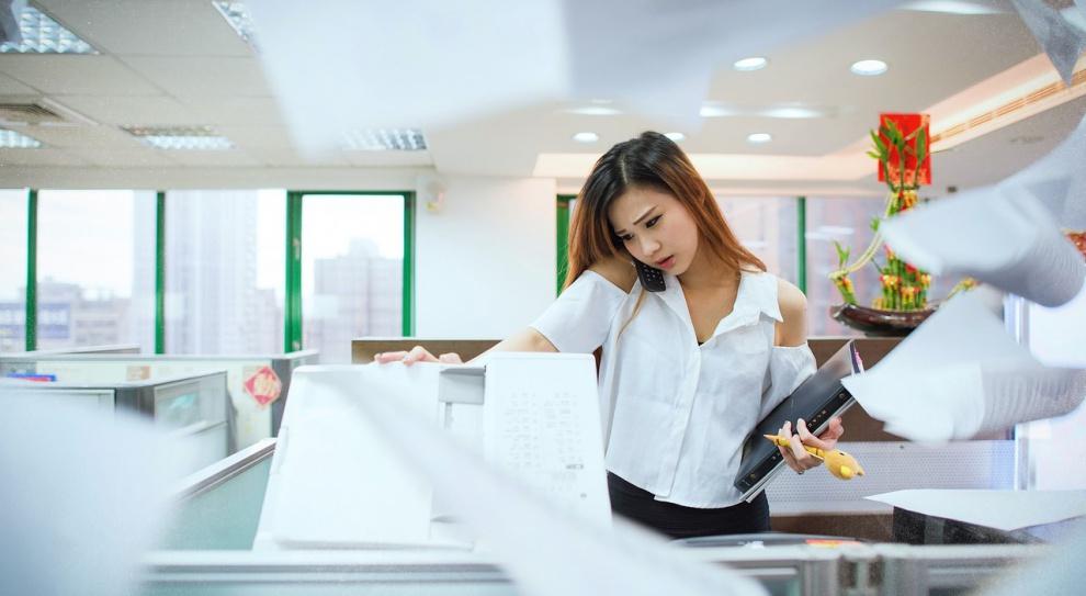 Miejsce pracy domowym azylem?  Wpływ przestrzeni biurowej na efektywność w pracy
