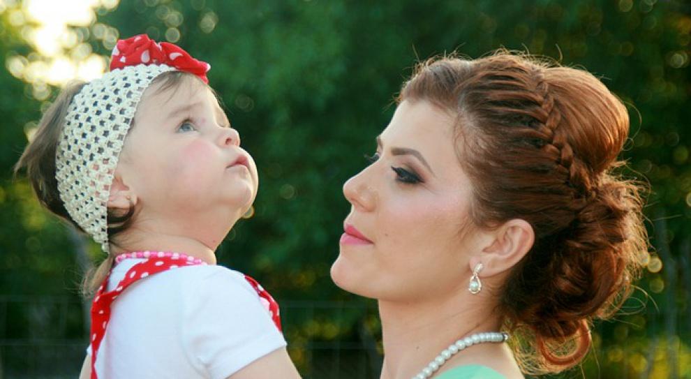 Elastyczne godziny zatrudnienia pomagają matkom wrócić do pracy