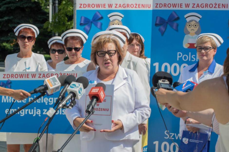 Minister zdrowia podpisał porozumienie z pielęgniarkami