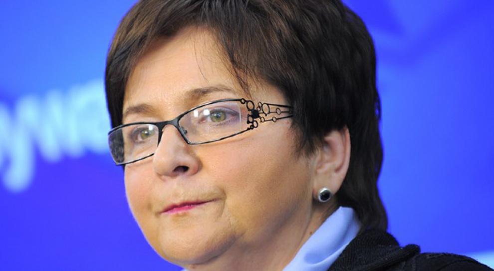 Piotrowska, MSW: Poprzez wyższe wynagrodzenia chcemy zachęcić strażaków do pozostawania w służbie