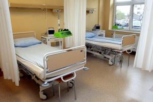 Czy podwyżki dla pielęgniarek są zgodne z prawem?