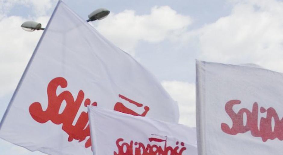 Pracownicy służby zdrowia protestowali w Warszawie
