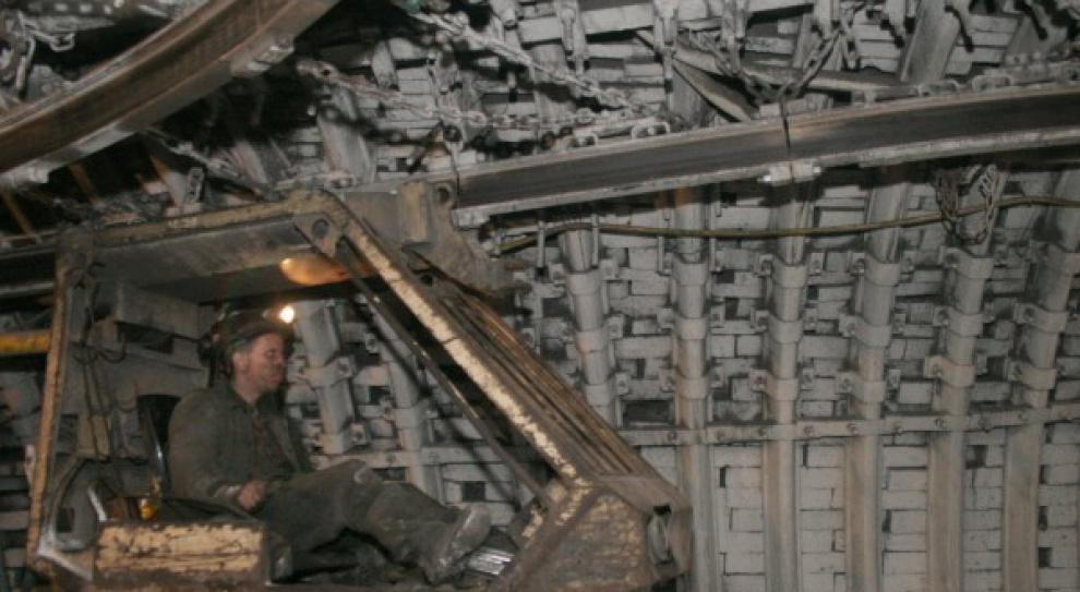 Jedno miejsce pracy w górnictwie generuje cztery kolejne w jego otoczeniu