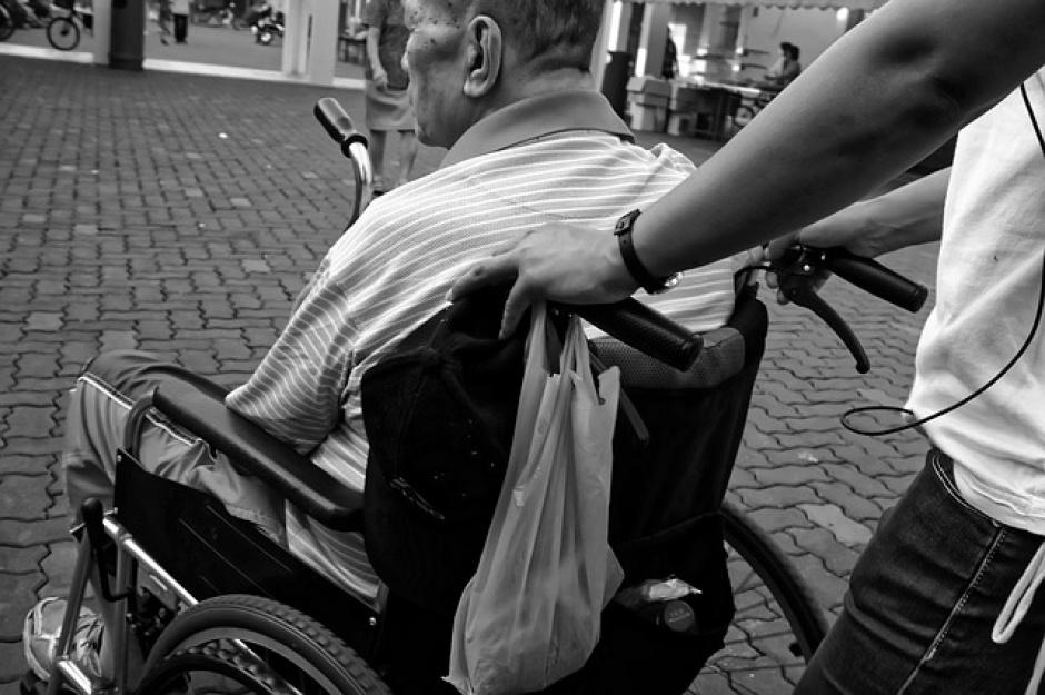 Zasiłek po utracie świadczeń dla opiekuna osoby niepełnosprawnej