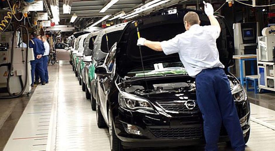 Opel zatrudnił kilkaset pracowników do produkcji nowej astry