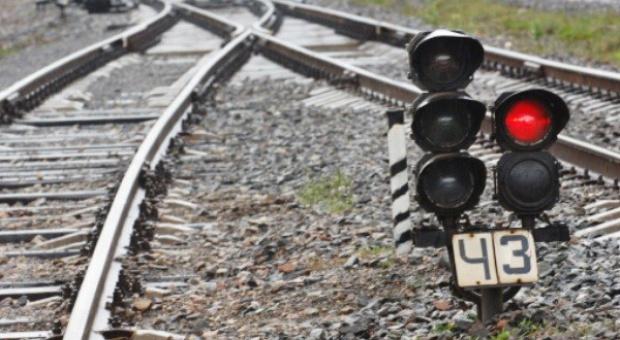 Zarobki nie zachęcają młodych do pracy na kolei