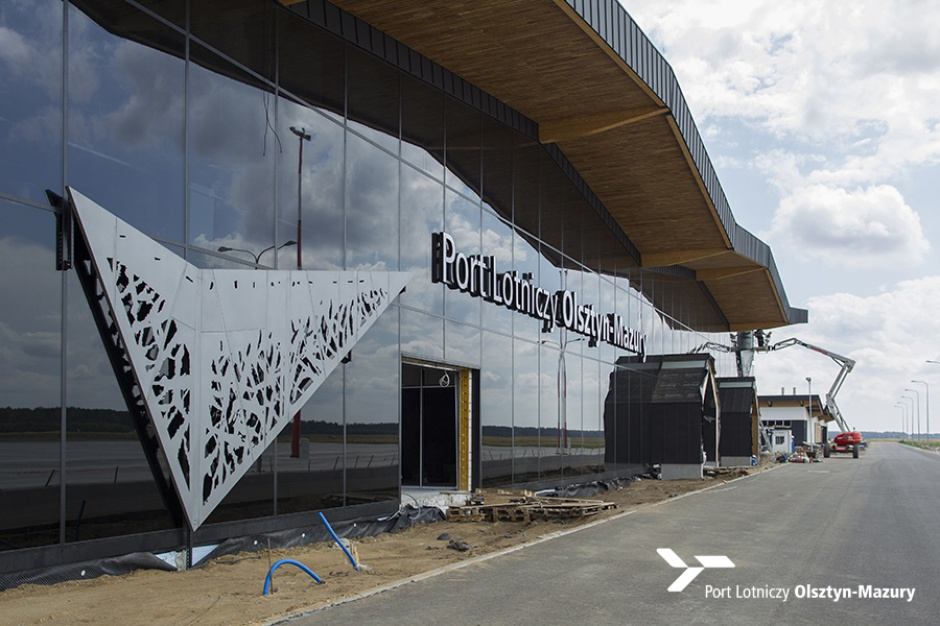 Lotnisko w Szymanach szuka pracowników