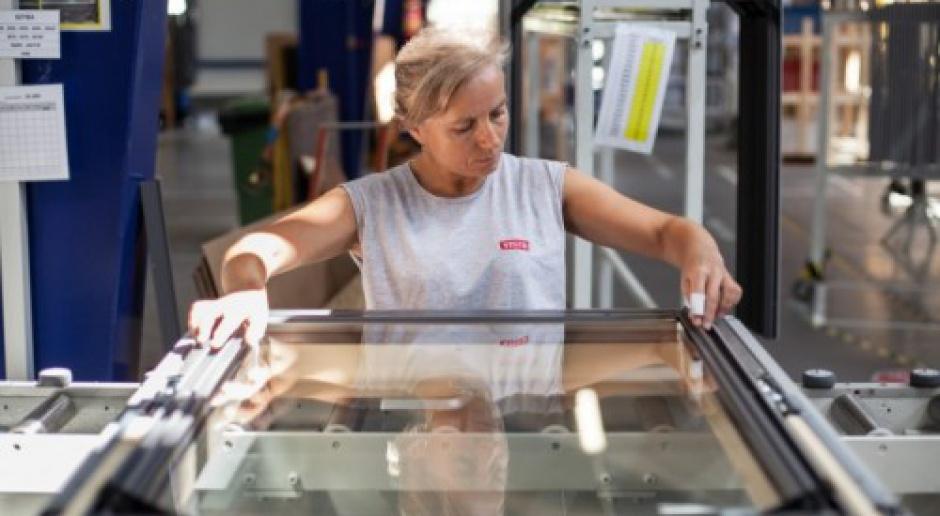 Velux wydaje 100 mln zł na inwestycje i zwiększa zatrudnienie