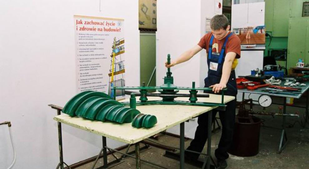 Kluzik-Rostkowska: W zawodach niepotrzebnych kształconych jest 36 proc. uczniów
