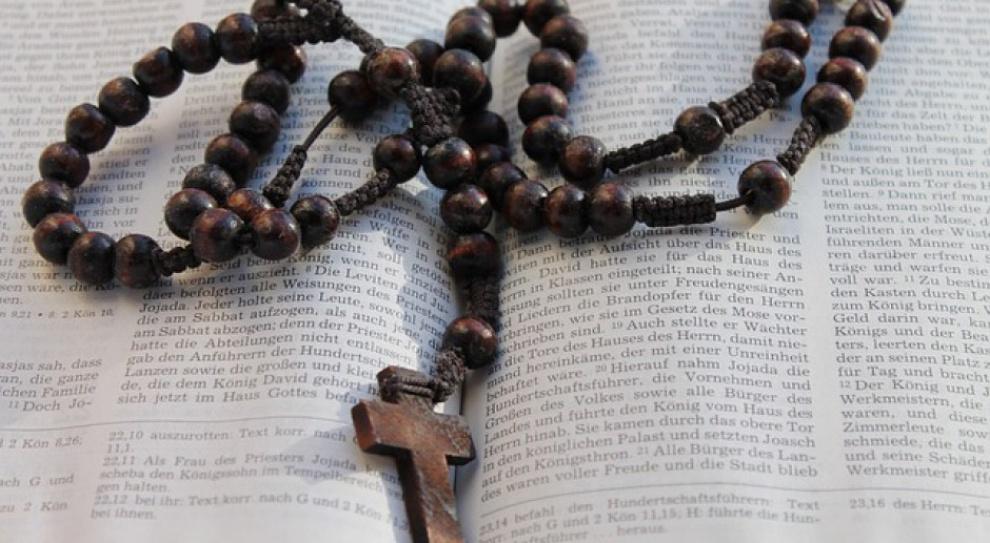 Sąd uznał, że szkoła miała prawo zwolnić katechetkę w ciąży