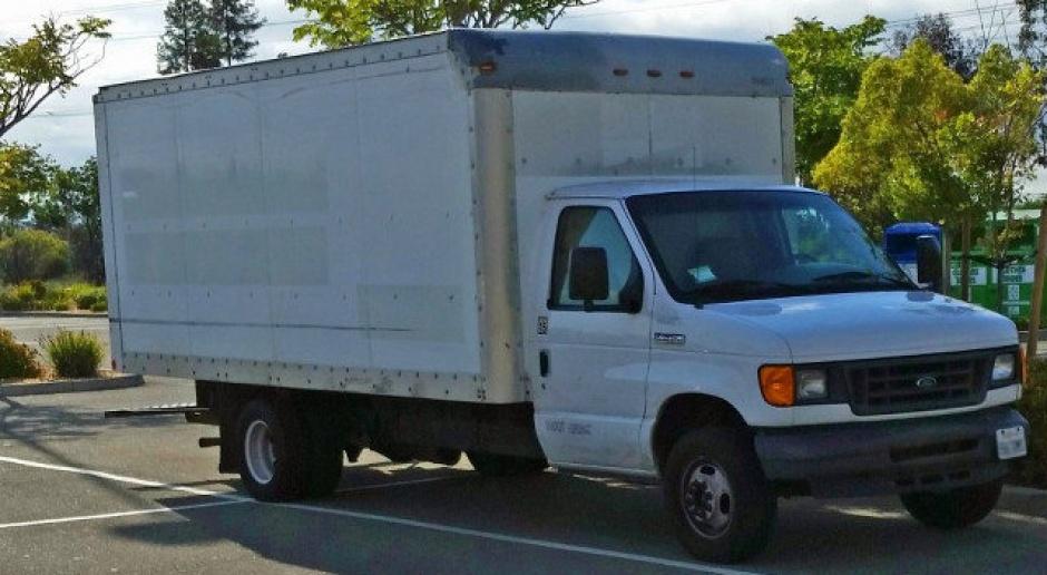 Młody pracownik Google woli mieszkać w ciężarówce przed pracą niż w mieszkaniu