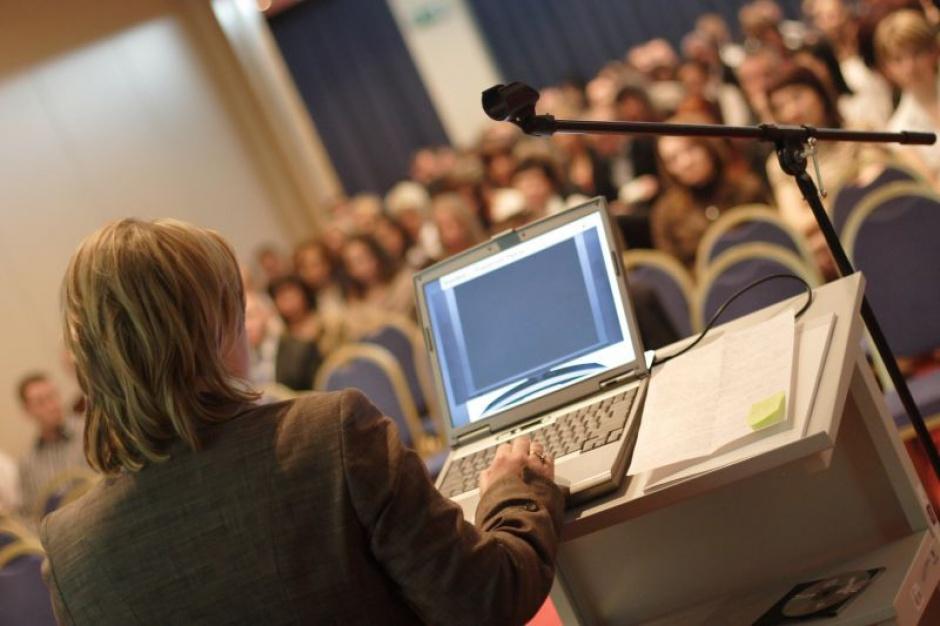 Polskie uczelnie muszą postawić na silne przywództwo i większą otwartość