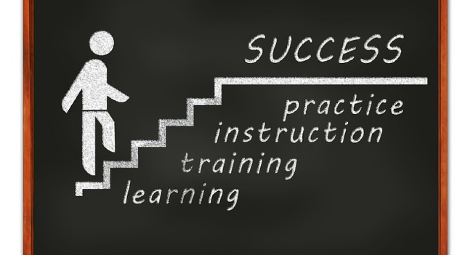 Krajowy Fundusz Szkoleniowy: Pieniądze na szkolenia dla pracowników niezależnie od wieku?