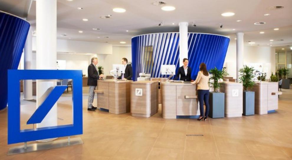 Praca w Deutsche Bank niepewna. Szykują się zwolnienia