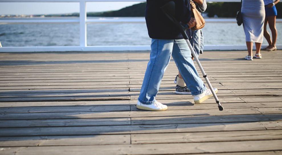 Kiedy zasiłek chorobowy może zostać cofnięty?