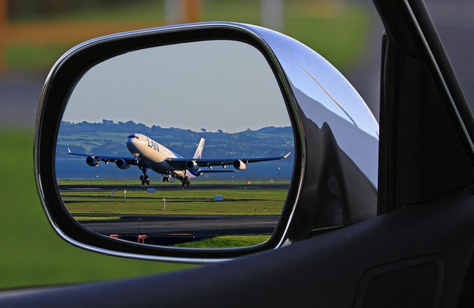 Strajk w Lufthansie: Może ucierpieć 50 tys. polskich pasażerów. Jakie mają prawa?