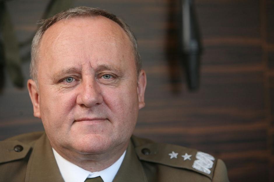 Antoni Macierewicz odwołał rektora Akademii Obrony Narodowej