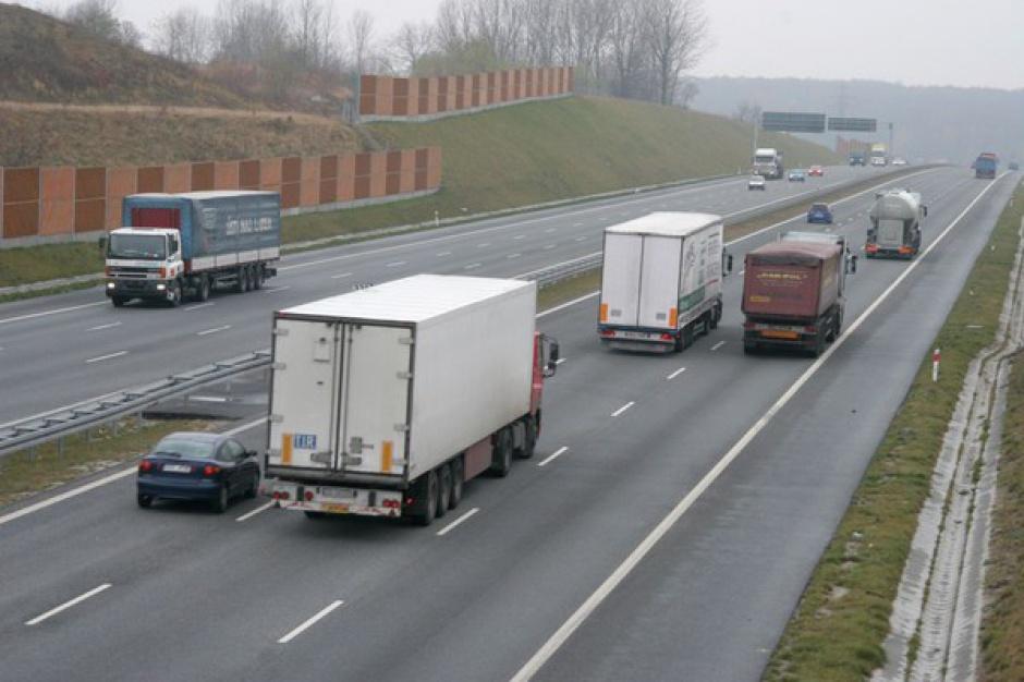 Coraz mniej zawodowych kierowców
