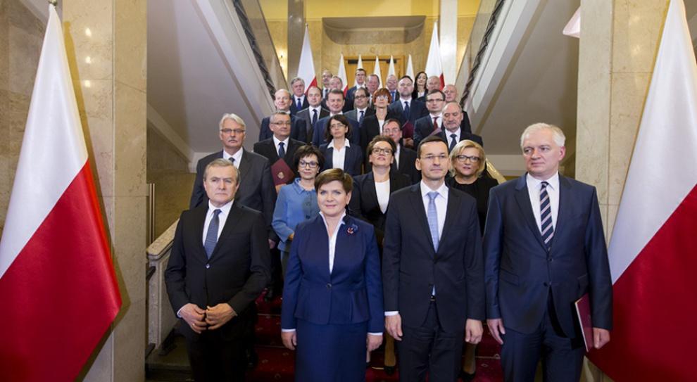 Beata Szydło, expose: Godzinowa płaca minimalna to dobry pomysł?