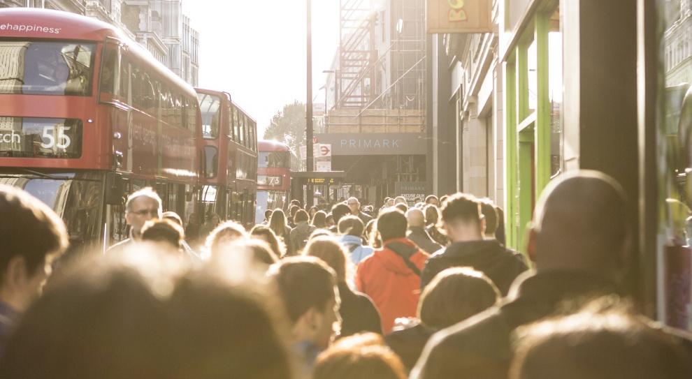 Bezrobocie wśród młodych Brytyjczyków jest cztery razy większe niż w całej populacji