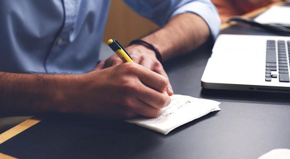 Przed podpisaniem umowy sprawdź opinie o pracodawcy