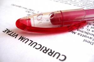 Jak napisać CV, by przykuć uwagę rekrutera?