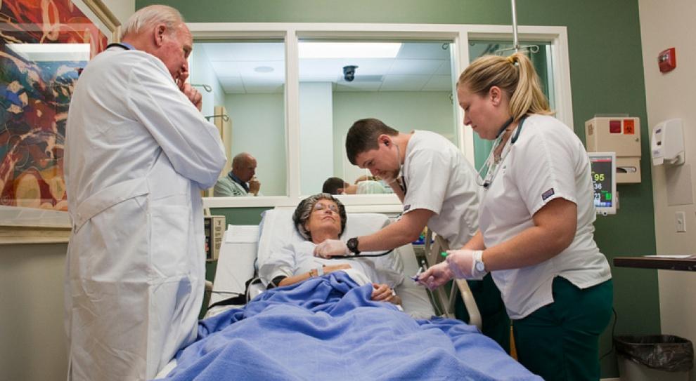 Potrzebne jest rozwiązanie dla wszystkich pracowników medycznych, nie tylko dla pielęgniarek