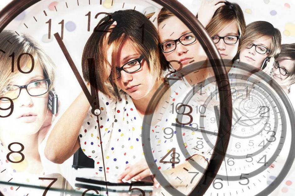 Blisko połowa właścicieli firm pracuje dłużej niż 40 godzin tygodniowo