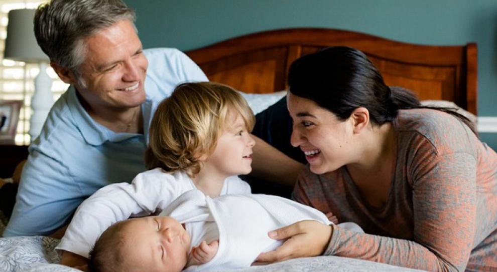 Kompleksowa polityka rodzinna obejmuje m.in. pracę