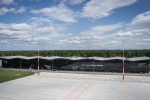 Szkolenia dla pracowników na lotnisku w Szymanach