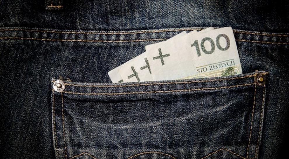GUS: Pensje i zatrudnienie w listopadzie w górę