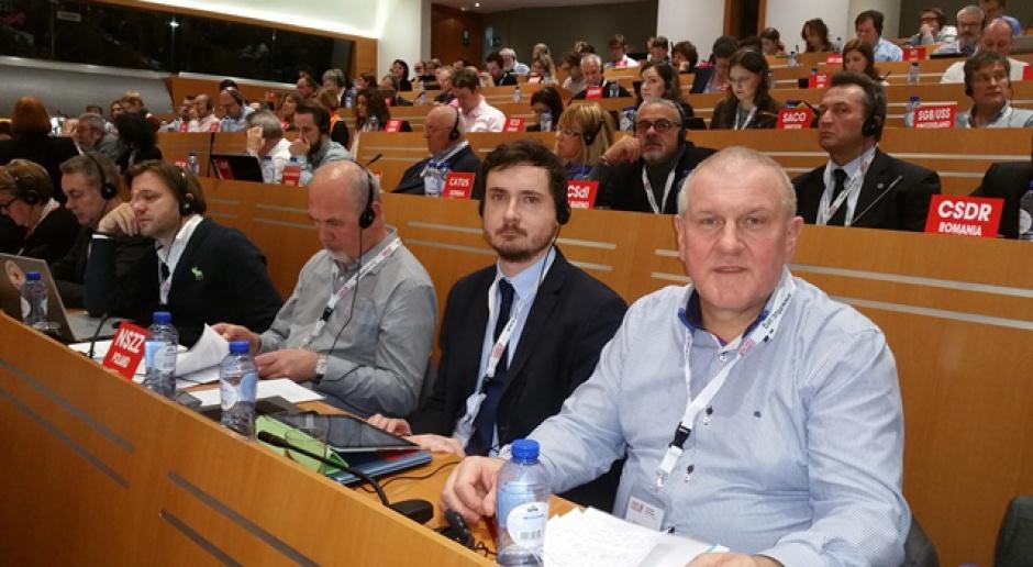 Europejska Konfederacja Związków Zawodowych: Uchodźcy mogą uzupełnić luki na rynku pracy
