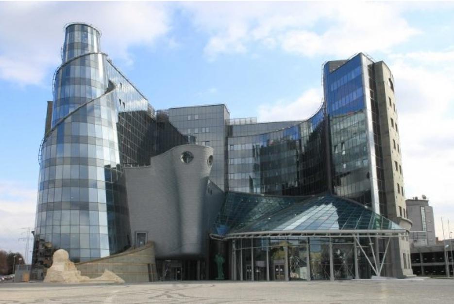 Dyrektorzy TVP złożyli dymisje; prezes Daszczyński je przyjął
