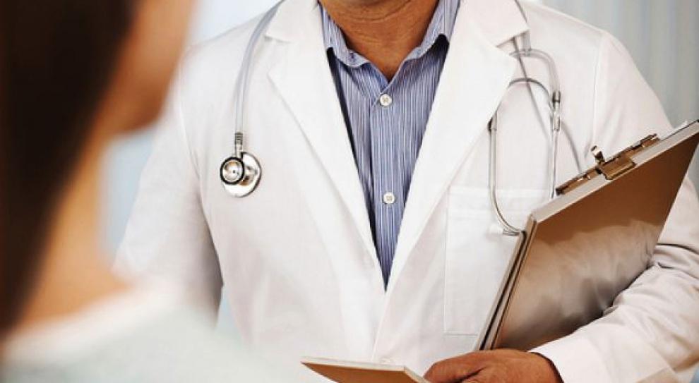 Lekarze protestują przeciw obowiązkowi pracy w Polsce po rezydenturze