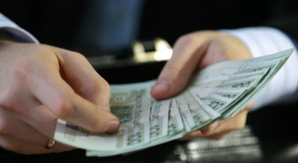 Samozatrudniony trzykrotnie bogatszy od etatowca, ale co z jego emeryturą?