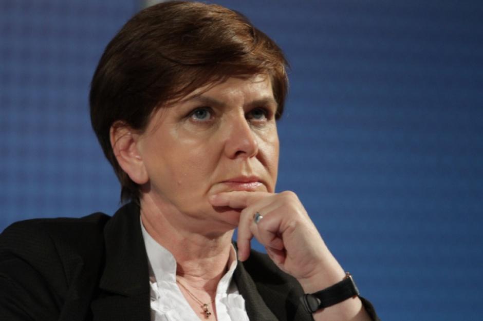 Beata Szydło: pracujemy nad projektami, które dotyczą rynku pracy