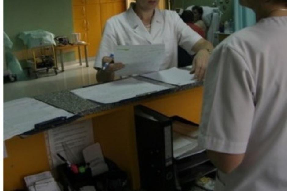 Pielęgniarki uczą się samodzielnie wystawiać recepty