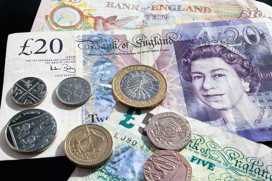 Wielka Brytania: w tych miastach wynagrodzenia rosną najszybciej. Londyn w tyle