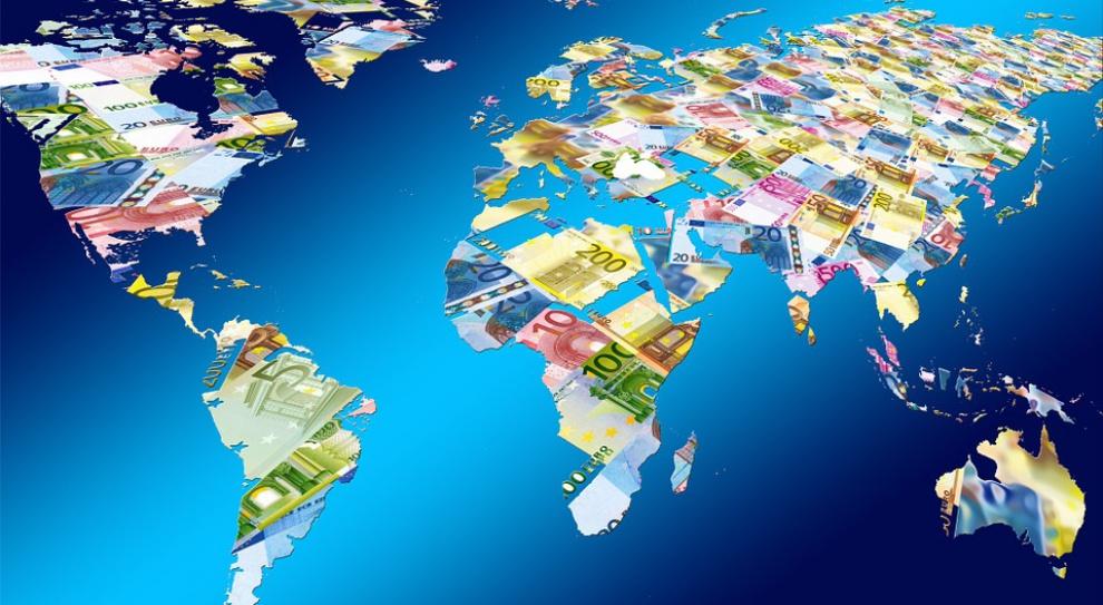 Garstka najbogatszych ma na koncie tyle pieniędzy, co połowa świata