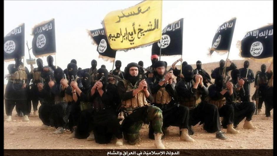 Państwo Islamskie obcina pensje bojowników o połowę
