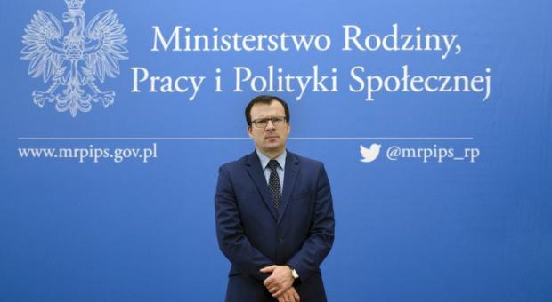 Marcin Zieleniecki, wiceminister w resorcie Elżbiety Rafalskiej uda się na posiedzenie rady nadzorczej ZUS. fot. mpips.gov.pl