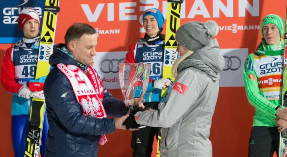 100 tys. zł za dzień na nartach z prezydentem Andrzejem Dudą. Tyle zapłacił prezes T-Mobile