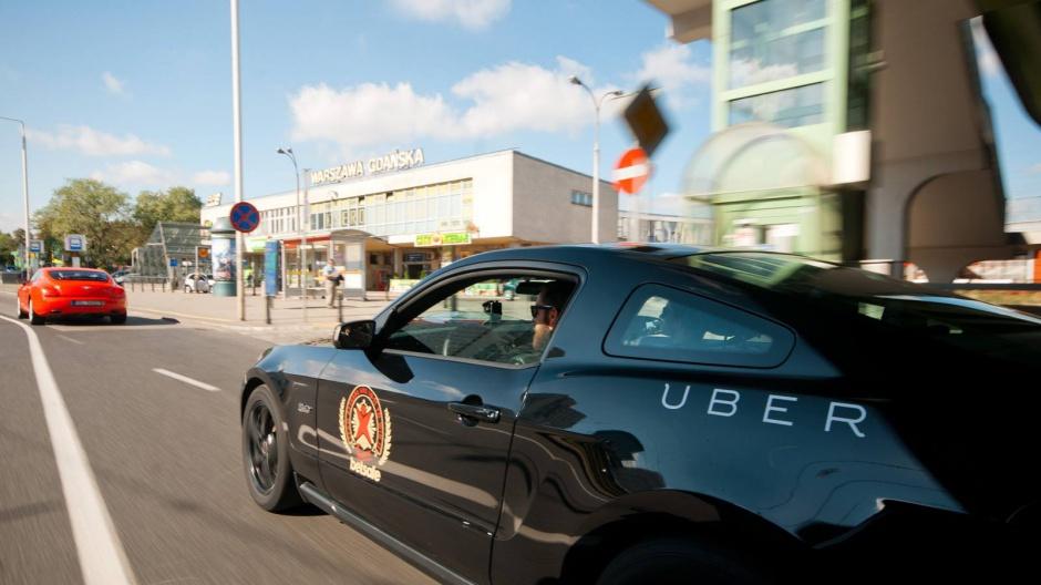Uber szuka pracowników do krakowskiego centrum
