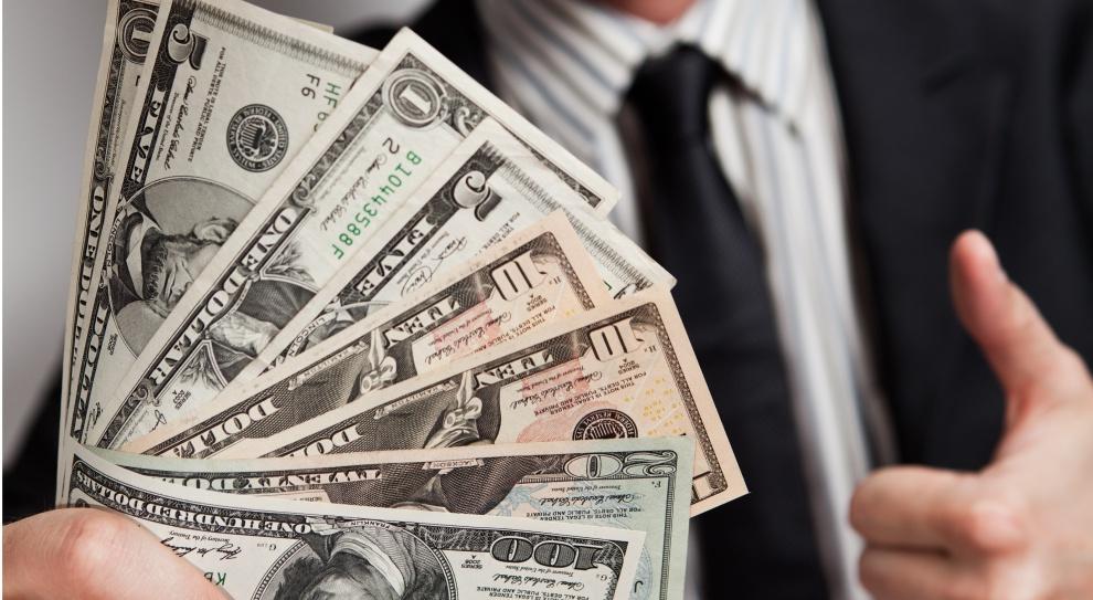 Blisko połowa firm planuje w tym roku podwyżki wynagrodzeń